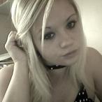 Laura351 - 24 ans